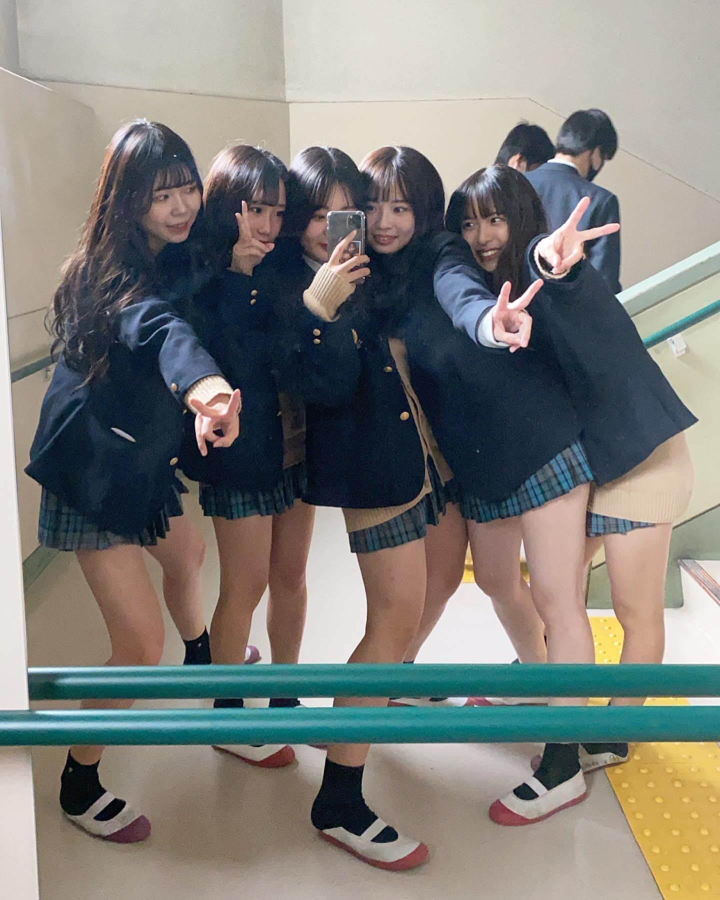 【画像】今一番ノリに乗ってる新栄JKでも見てモッコリしようぜww