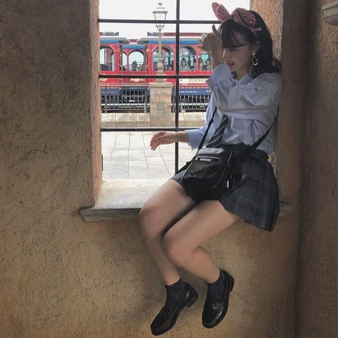 【画像】制服女子高生を見たいなら舞浜駅で待機しとけば良いんじゃねww