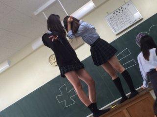 【画像】女子高生ともっと青春しておけば良かったと思う校内写真