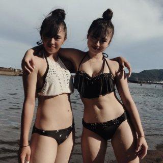 【画像】成長途中の女子高生水着姿もそろそろ見納めかね・・・