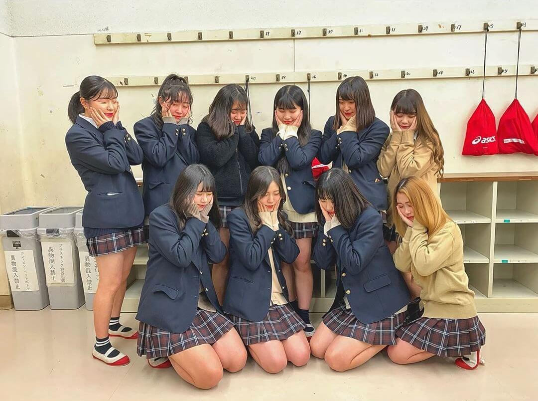【画像】城郷JKちゃんもシコい制服と女の子達がいっぱいよなww